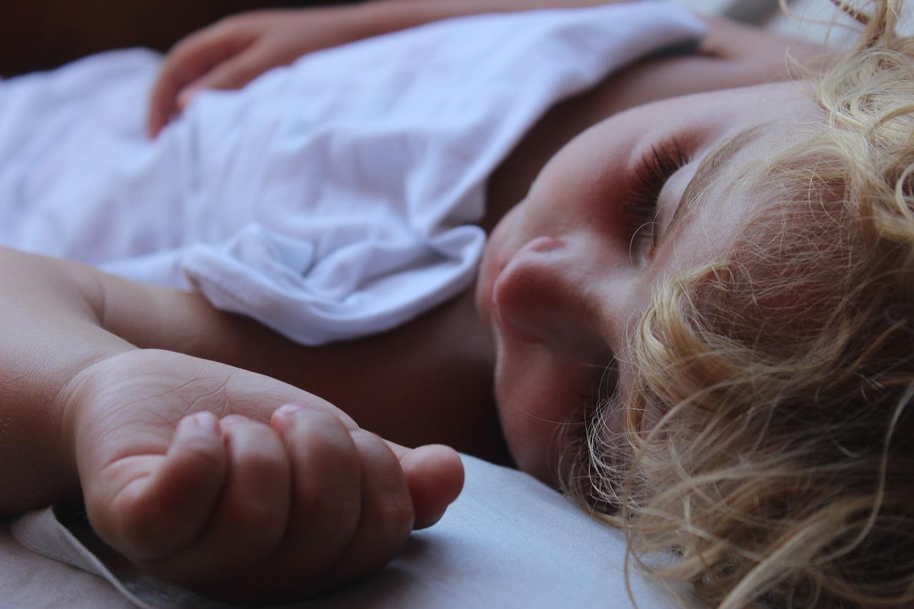 Zdrowy sen dziecka w zgodzie z naturą