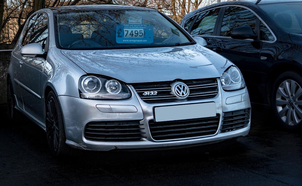 O dywanikach do Volkswagena Golfa słów kilka