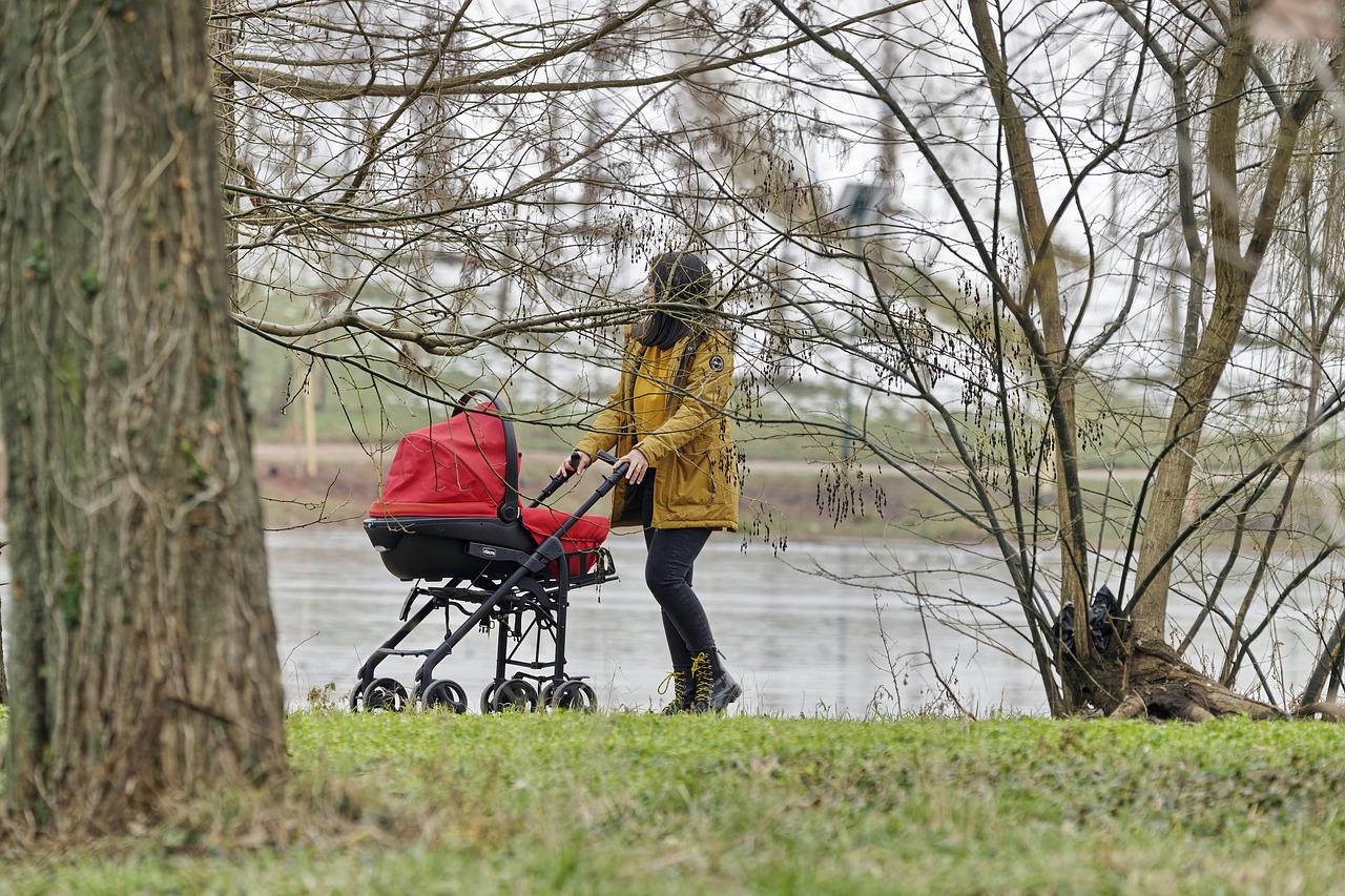 Wysokiej jakości wózki dziecięce i foteliki samochodowe